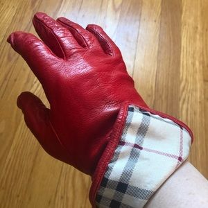 Burberry Leather Gloves *RARE*